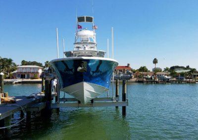 Power boat boat lift installation