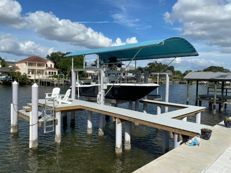Boat lift with Canopy